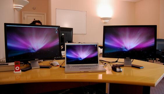 znaczna-poprawa-wydajnosci-przy-uzyciu-dwoch-ekranow