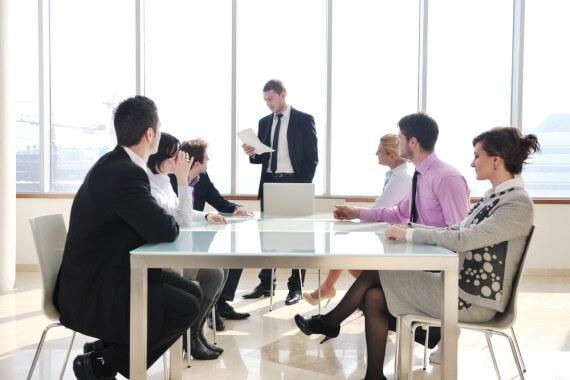 Szef zły, czyli Dlaczego Umowa o Prace